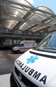 Akútna starostlivosť bude poskytovaná, premávať budú aj sanitné vozidlá bez ohľadu na úspešnosť uzatvorenia nových zmlúv ambulantnými lekármi.