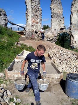 Brekov - stabilizácia ruín