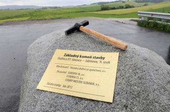 Základný kameň diaľnice pri Levoči