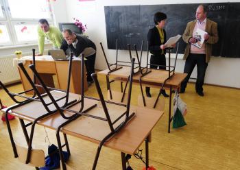 Školám nedajú finančnú motiváciu zlepšovať sa