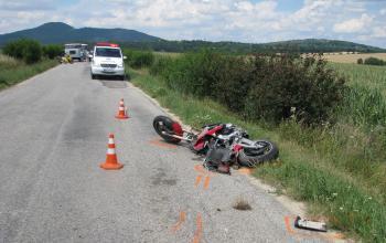 21-ročný motocyklista zahynul pri dopravnej nehode