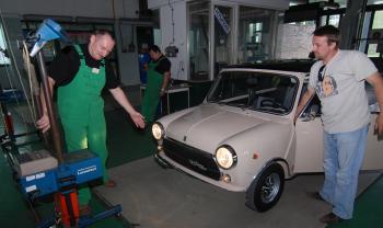 Aj staré vozidlá musia prejsť technickou kontrolou
