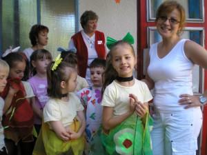 Deti a vychovávateľky z MŠ Bajkalskej