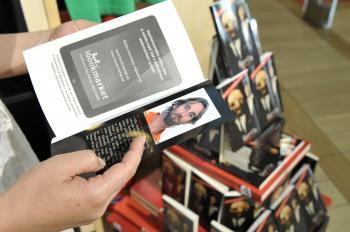 Kniha Toma Nicholsona o kauze Gorila je už v predaji