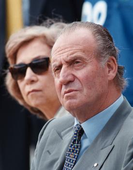 Kráľ Juan Carlos s manželkou Sofiou previedli Španielsko od diktatúry k demokracii