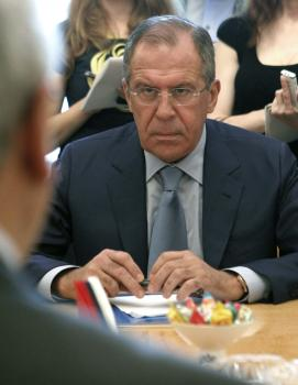 Lavrov na stretnutí so sýrskou opozičnou radou apeloval, že zodpovednosť za konflikt majú aj oni