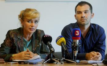 Mária Lévyová, prezidentka komory sestier a Viliam Záborský, predseda OZ sestier a pôrodných asistentiek