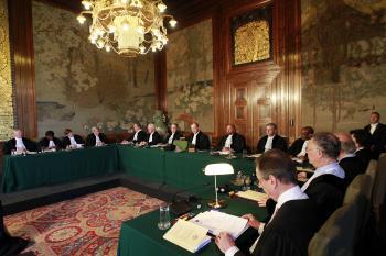 Medzinárodný súdny dvor zasadajúci v Haagu