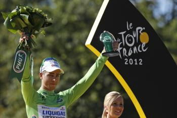 Peter Sagan oslavuje celkové víťazstvo v bodovacej súťaži Tour de France