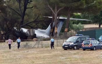 Pri nevydarenom pristátí malého lietadla na juhu Francúzska zahynuli traja ľudia