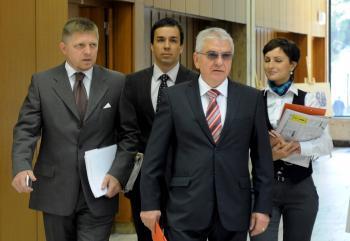 Vladimír Faič (s okuliarmi) sa stal predsedom poradného zboru premiéra