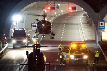 Záchranárske helikoptéry neustále pristávali a odlietali