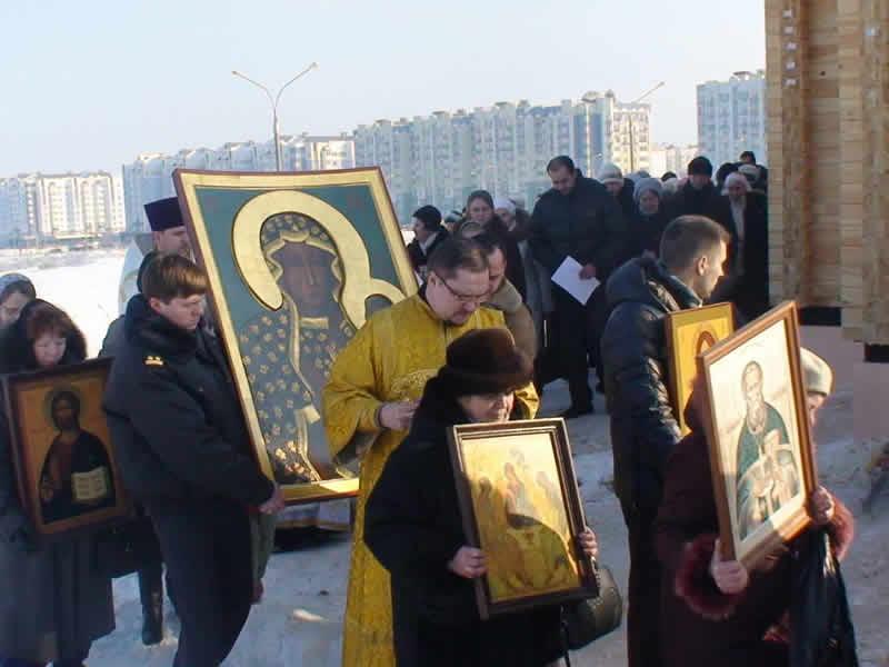 Celosvetová púť ikony Panny Márie Czestochowskej sa koná v rámci projektu Od oceánu k oceánu, začala sa v júni tohto roku vo Vladivostoku a jej trasa meria 18 tisíc kilometrov