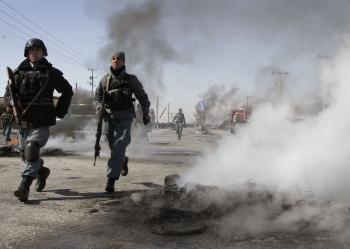 Afgánski policajti a vojaci zabili za posledné mesiace viac spokojeneckých vojakov NATO ako Taliban v priamom boji