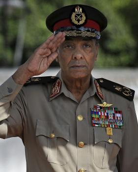 Muhammad Husajn Tantáwí prežil Mubaraka, stav bezvládia a rovnako vládu moslimského bratstva