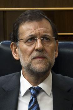 Problémy, ktoré zasiahli Španielsko, nevyrástli zo dňa na deň, ale riešiť ich musí premiér Mariano Rajoy