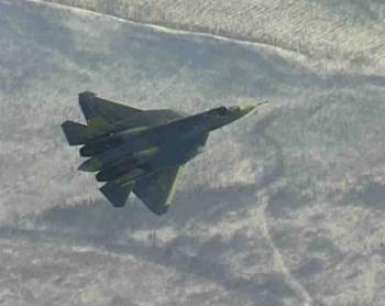 Rusi vyvinuli radarom neviditeľný Suchoj T-50, ktorý majú zaviesť do užívania