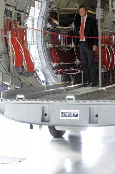 Trenažér sa ponáša na normálne dopravné vojenské lietadlo