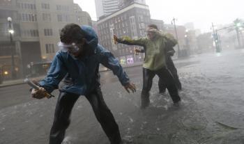 Tropická búrka Isaac zosilnela na hurikán prvej kategórie