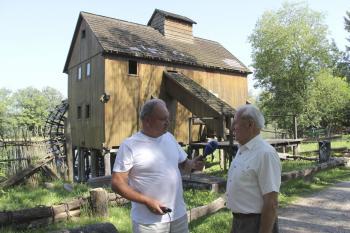 Vodný mlyn je dodnes pýchou obce, hoci už šesť desaťročí nemelie