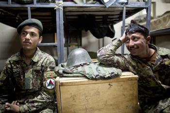 Afganskí vojaci sa stávajú pre NATO väčšou hrozbou než útoky Talibanu
