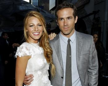 Blake Lively a Ryan Reynolds na premiére filmu Green Lantern