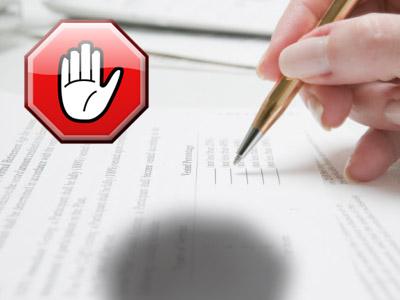 Podpis predtlačených formulárovných dohôd si treba premyslieť, vždy je možné uzatvoriť dohodu s individuálnym znením