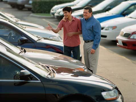 Pri kúpe ojazdeného auta je síce nižšia cena, ale vyššie riziká