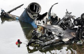 Trosky lietadla v rieke Volga, v ktorom zahynul aj Slovák Pavol Demitra