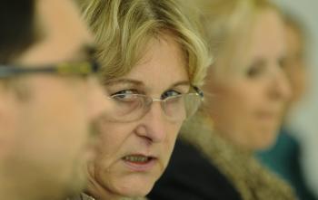 Verejná ochrankyňa práv Jana Dubovcová počas tlačovky ku kauze Slotex
