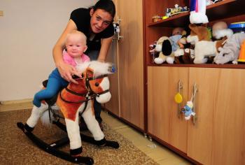 Natália Kopecká s takmer 9- mesačnou dcérkou Veronikou