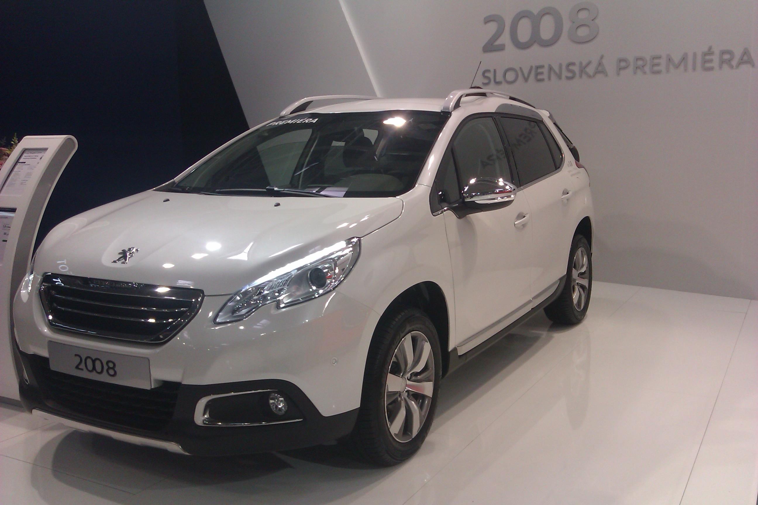 Peugeot 2008 - slovenská premiéra