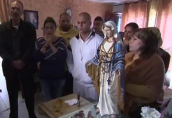 Plačúca socha Panny Márie