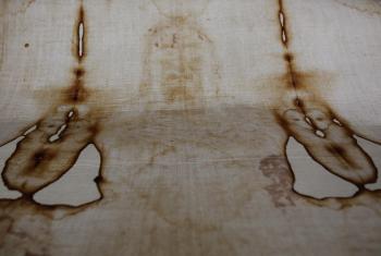 Na snímke replika Turínskeho plátna, ktoré mnohí veriaci považujú za pohrebné plátno Ježiša Krista