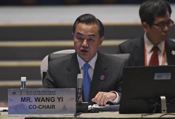 Na snímke čínsky minister zahraničných vecí Wang Yi