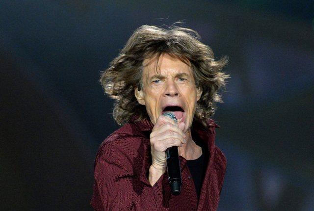 Na snímke spevák britskej rockovej skupiny Rolling Stones Mick Jagger