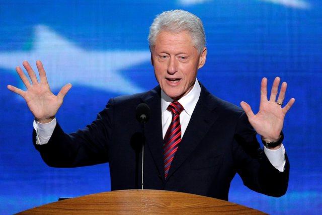 Na snímke bývalý americký prezident Bill Clinton