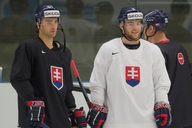 Na snímke zľava Dominik Graňák a Adam Jánošík
