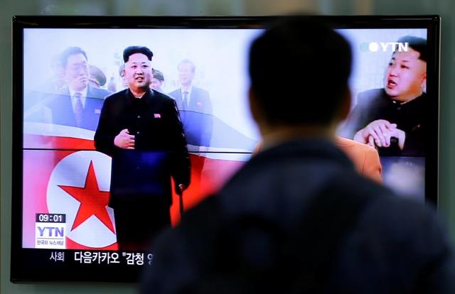 Na snímke vodca KĽDR Kim Čong-un