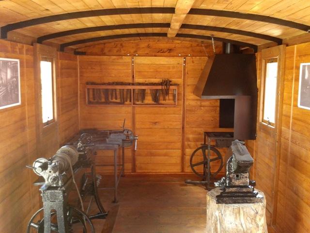 Na snímke interiér zrekonštruovaného vagónu