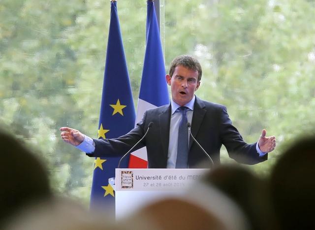 Na snímke francúzsky premiér Manuel Valls