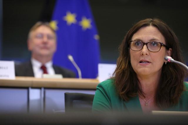 Na snímke eurokomisárka pre obchod Cecilia Malmströmová