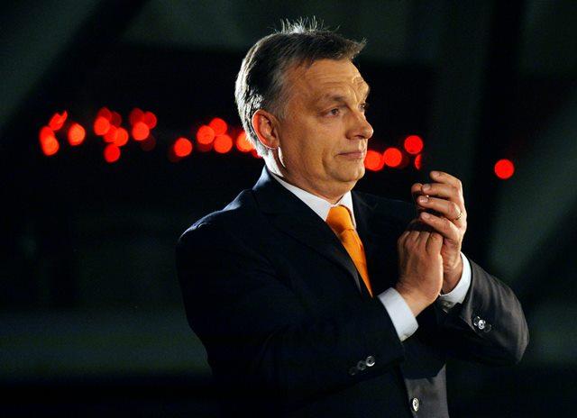 Na snímke maďarský premiér a predseda vládneho Fideszu Viktor Orbán