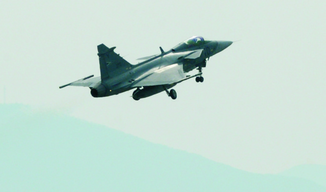 Maďarské vojenské lietadlo JAS-39 Gripen
