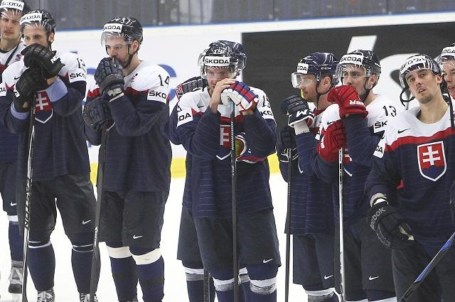 Na snímke sprava Milan Jurčina, Marek Ďaloga, Tomáš Jurčo, Vladimír Dravecký, Michel Miklík, Andrej Meszároš a Marián Gáborík
