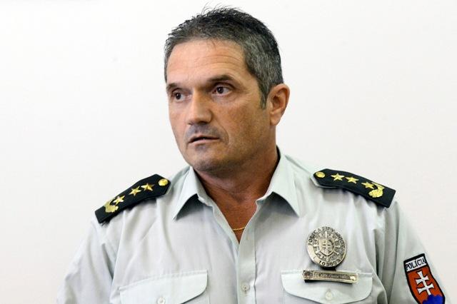 Na snímke riaditeľ Krajského riaditeľstva PZ v Bratislave Csaba Faragó
