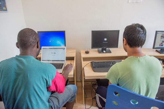 Snímka z počítačovej miestnosti v pobytovom tábore v Rohovciach. Ilustračné foto