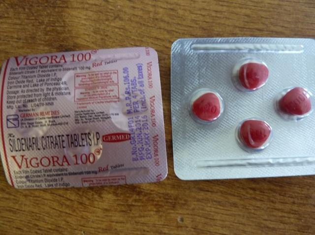 Na snímke vzorka zhabaných liekov v Bratislave