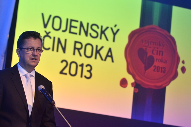 Na snímke minister obrany SR Martin Glváč na slávnostnom vyhlásení výsledkov ankety Vojenský čin roka 2013. Ilustračné foto