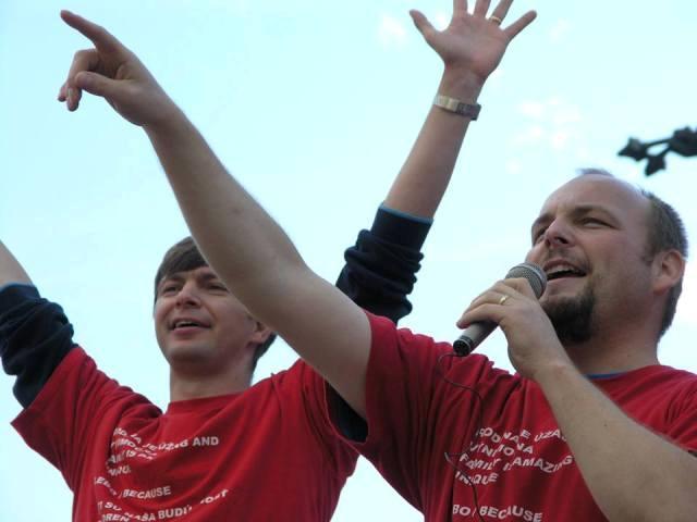 Na snímke vpravo Anton Chromík